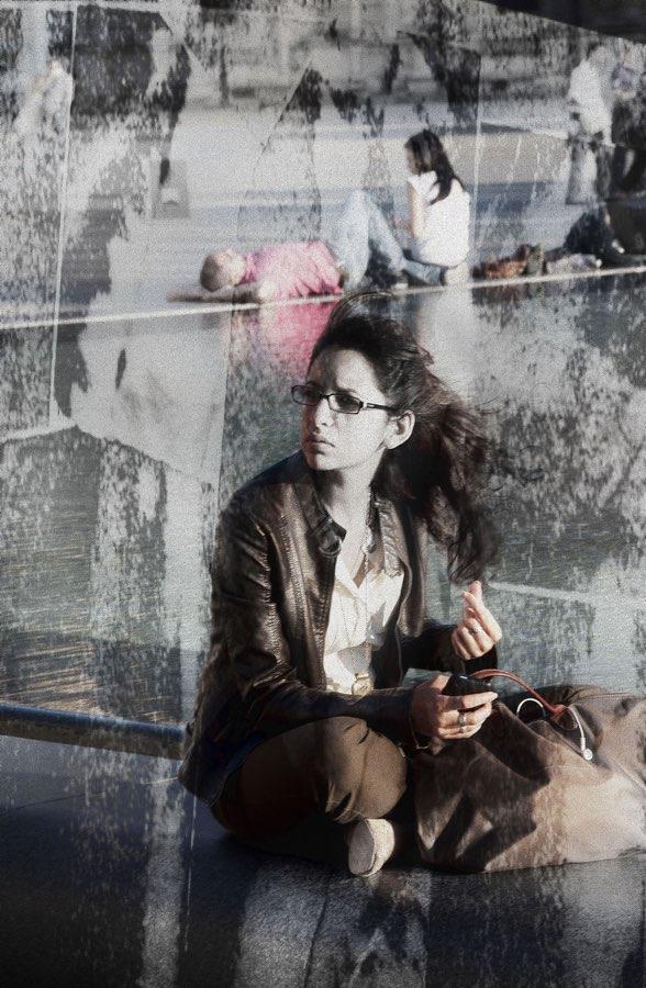 JAN LIPINA čekání v louvre 1