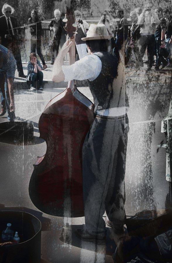 JAN LIPINA na pont SAINT - LOUIS 7 CONTROL ZEBRE