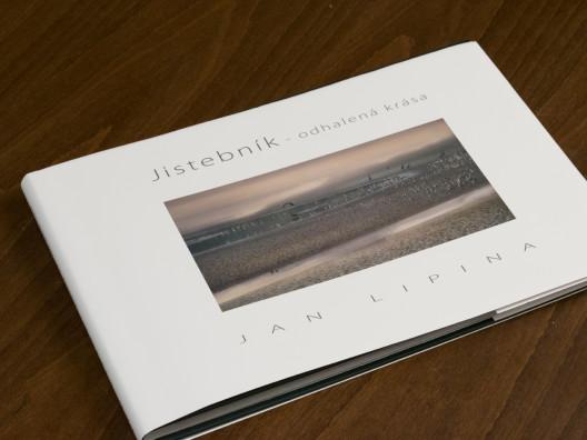 přebal knihy Jistebník odhalená krása od Jana Lipiny