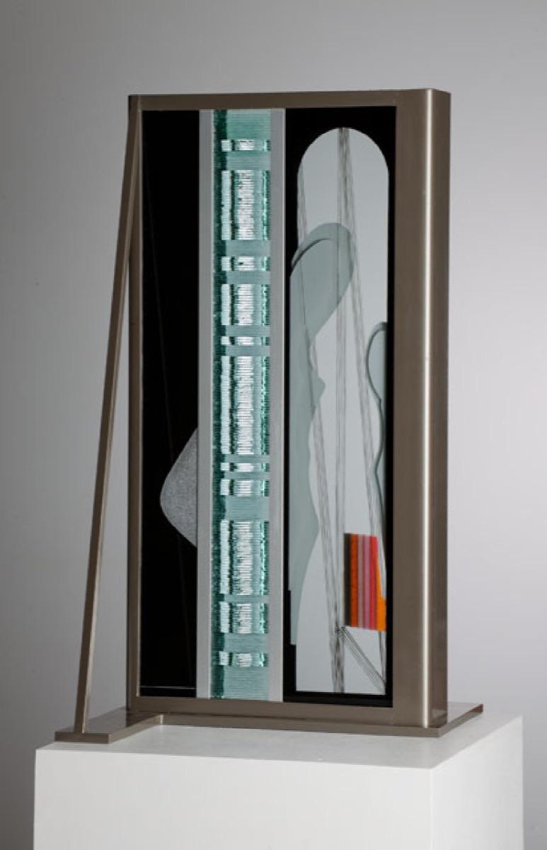 BOHUMIL ELIÁŠ ML. Architekt 65 x 33 x 35 cm